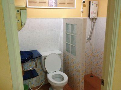 ブリーラム_ホテルトイレ.jpg